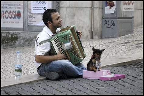 Portugal-2011-Lissabon-Akko