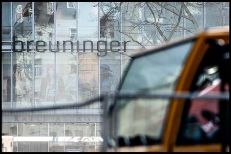 Stuttgart-2015-Dorotheenquartier-13-Druck-40x60-Fassade-mit-Baumaschine