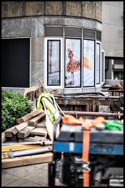Stuttgart-2015-Dorotheenquartier-18-Druck-40x60-Schaufenster-rund