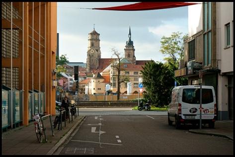 Stuttgart-2015-Dorotheenquartier-29-Blick-von-der-Rosenstrasse-bei-Tag-01