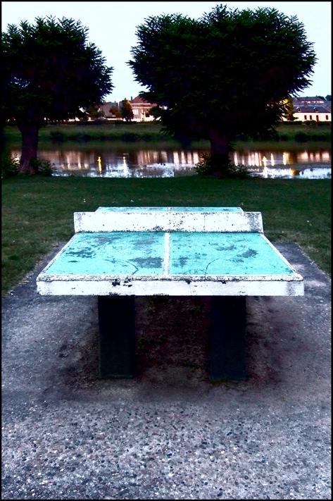 Allier 2009 Tischtennisplatte 2009_09_07
