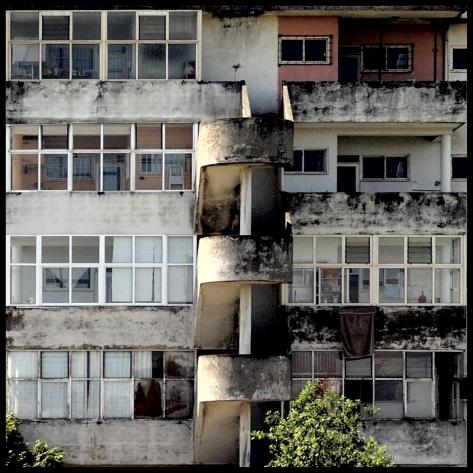 Porto 2011 Fassade mit Wendeltreppe Kopie